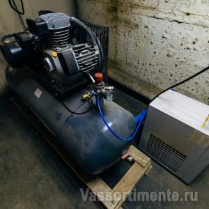 Воздушный поршневой компрессор REMEZA СБ4/С-50.LB40